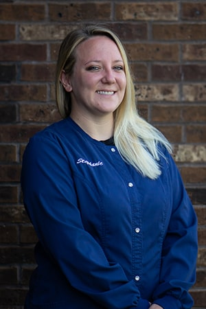 Stephanie, a dental assistant at Fox Valley Dental